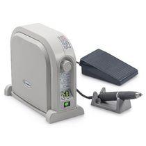 Unidad de control para micromotores de laboratorio dental / eléctrica sin cepillo / mando de pie / de mesa