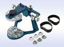 Sistema de montaje para articuladores dentales / set completo