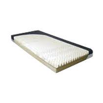 Colchón para cama médica / de espuma / antiescaras / con estructura ranurada