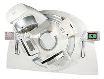 Acelerador lineal de particulas radioterapia guiada por imagen / con mesa de posicionamiento robotizado
