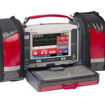 Desfibrilador externo semiautomático / con monitor multiparamétrico / con monitor de ECG