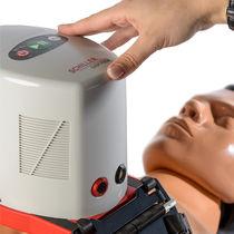 Dispositivo de ayuda para la compresión torácica