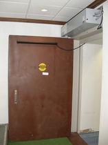 Puerta de hospital / de laboratorio / abatible / de protección radiológica