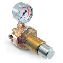 Regulador de presión para gases médicos / en línea