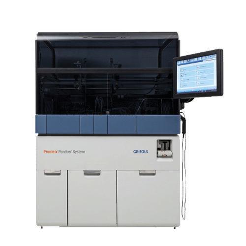 analizador de ácidos nucleicos con pantalla táctil