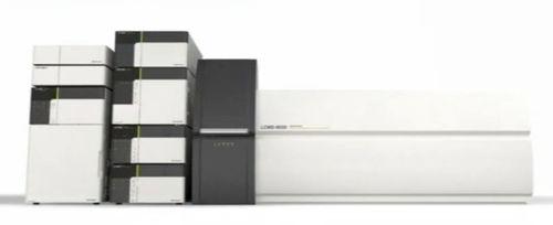 Sistema de cromatografía de líquida / para la industria alimentaria / LC/MS/MS / triple cuadrupolo LCMS-8030 Shimadzu Europa Analytical Instruments