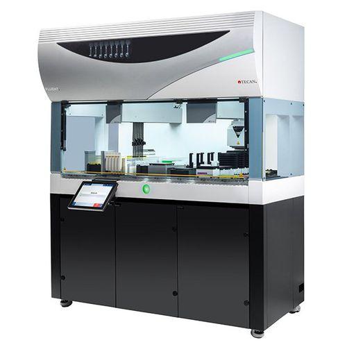 sistema de automatización de laboratorio por pipeteo / con pantalla táctil / con lector de códigos de barras