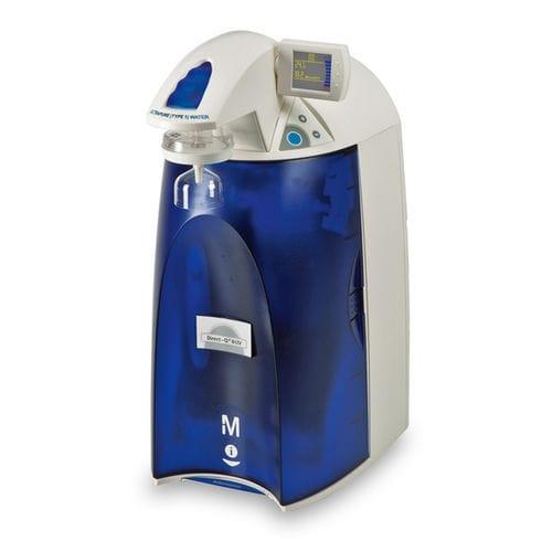 sistema de purificación de agua de laboratorio / de ósmosis inversa / con desionización / para la producción de agua ultrapura