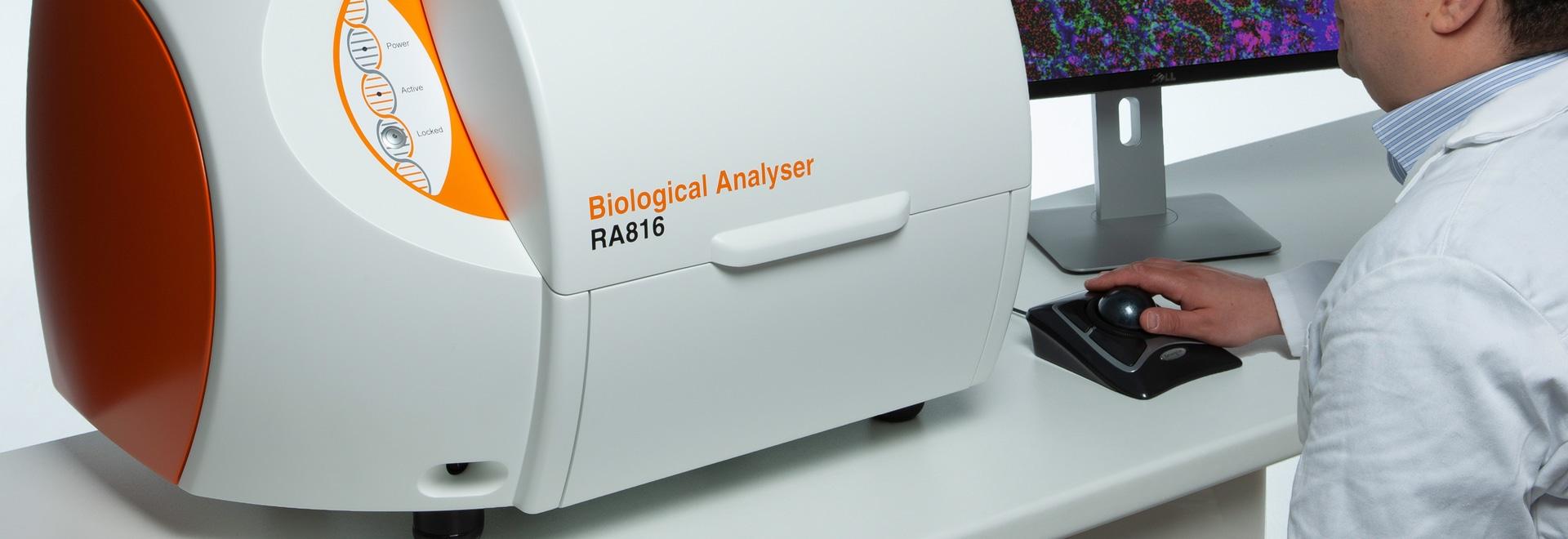 El analizador recoge la información biológica detallada