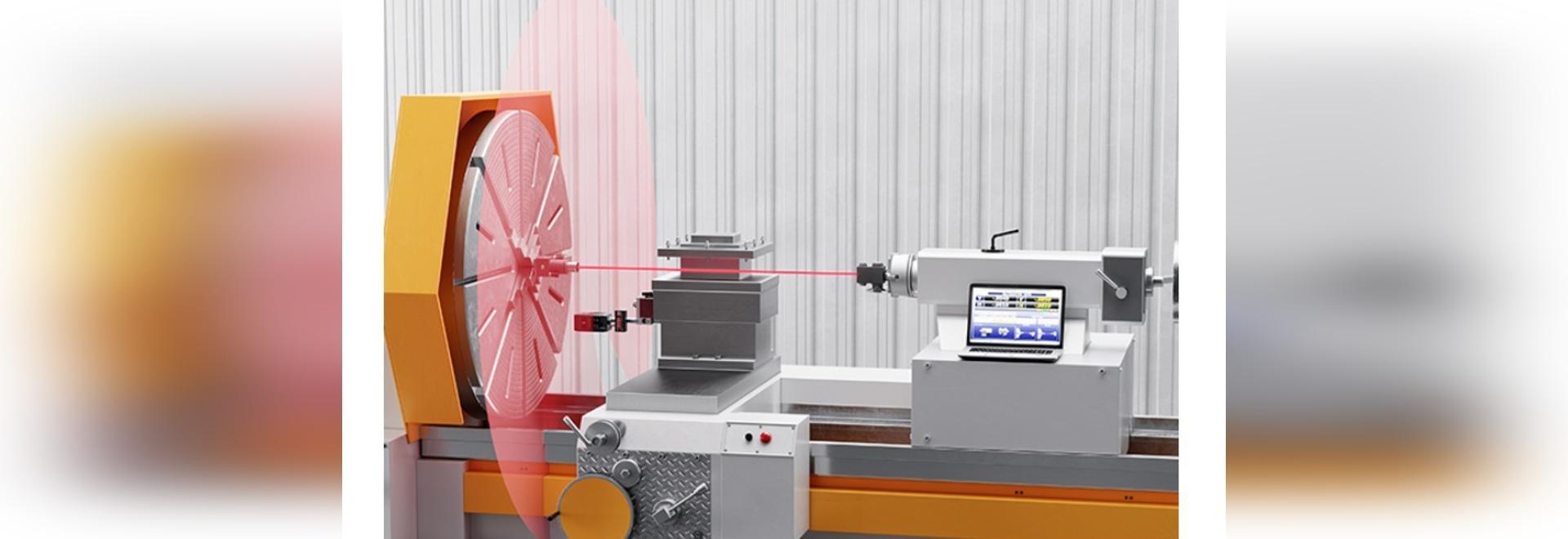 Los lasers comprueban y ajustan la alineación de la máquina