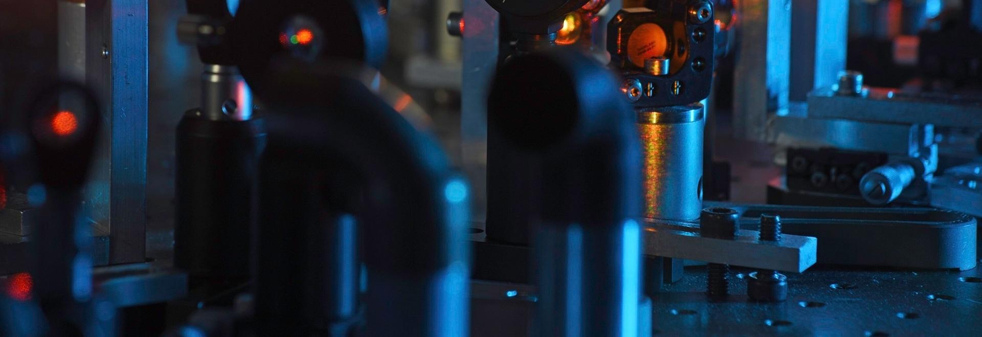 Sistema ultrarrápido del laser conveniente para la integración en soluciones de la microscopia