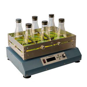 agitador de laboratorio de movimiento alternativo / digital / de mesa