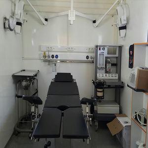 clínica móvil de remolque / con cuerpo modular independiente / veterinaria