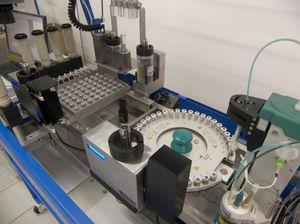 sistema de preparación de muestras automático / robotizado / de laboratorio / de mezcla