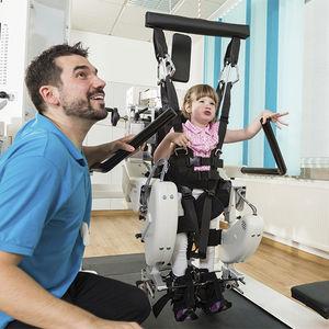 sistema de rehabilitación marcha / pediátrico / robotizado