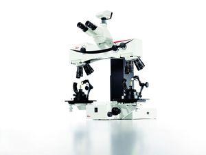 macroscopio de comparación
