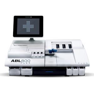 analizador de gases en sangre con análisis de electrolitos