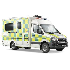 ambulancia para cuidados intensivos