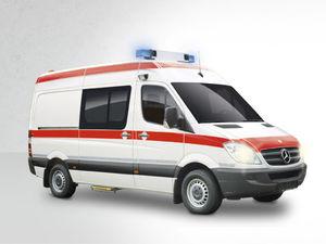 ambulancia furgoneta / tipo B / con 4 camillas