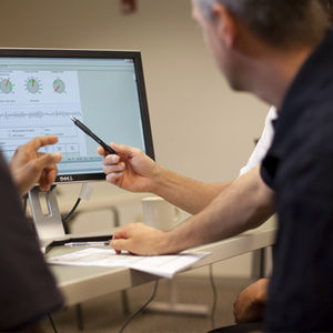 software de análisis / de gestión de datos / para RCP / para servicio de urgencias
