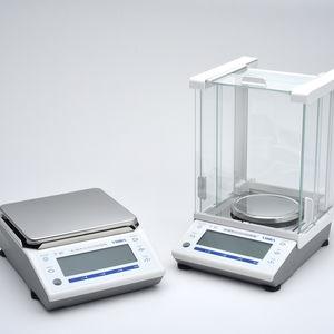 balanza de laboratorio electrónica / de precisión / con pantalla LCD / compacta