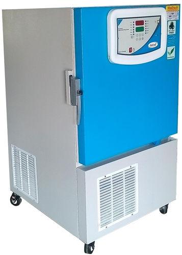 congelador temperatura ultrabaja / para plasma sanguíneo / de tipo armario / con 1 puerta