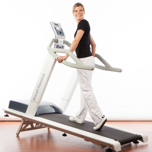 cinta de correr ergométrica estándar / con baranda / para adulto