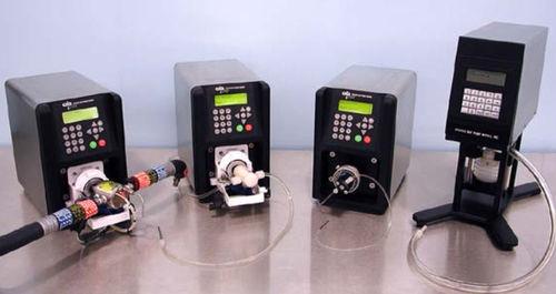 dispensador de medios monocanal / automatizado / manual / de laboratorio
