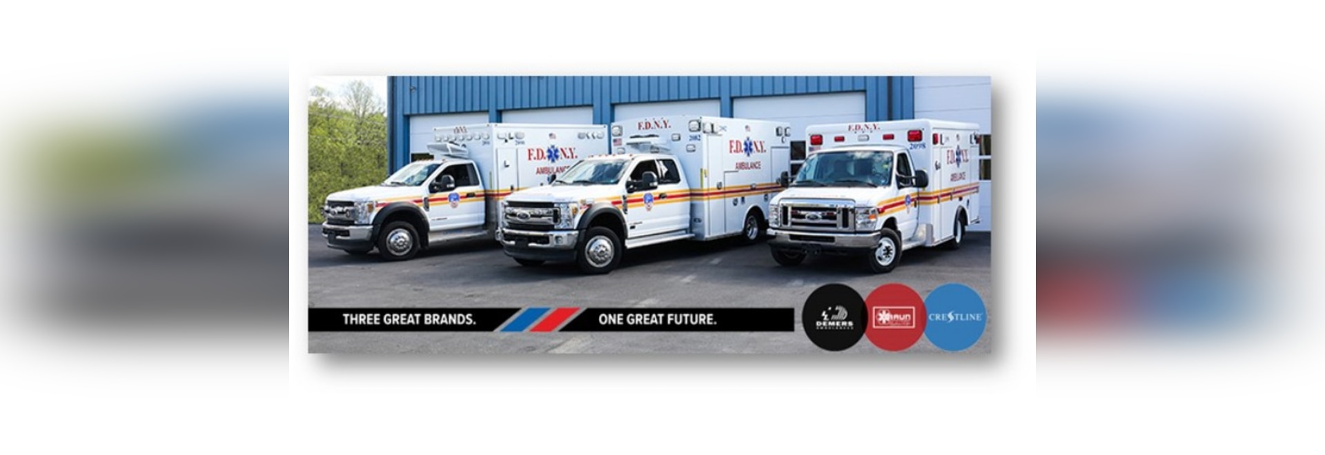 Los fabricantes de ambulancias de DBC entregan nuevas ambulancias al FDNY