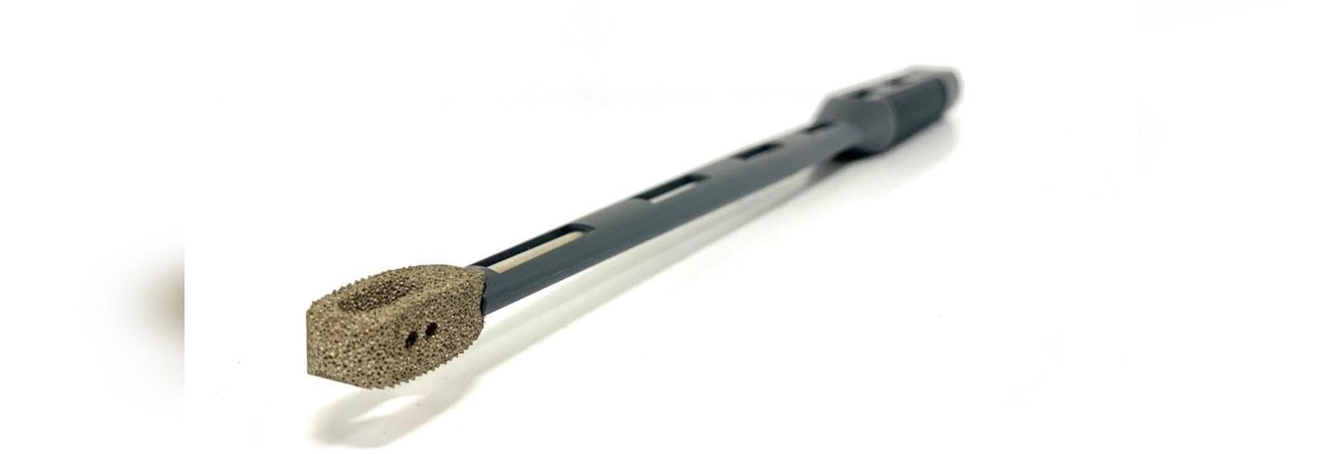 Xenco Medical lanza el implante espinal poroso