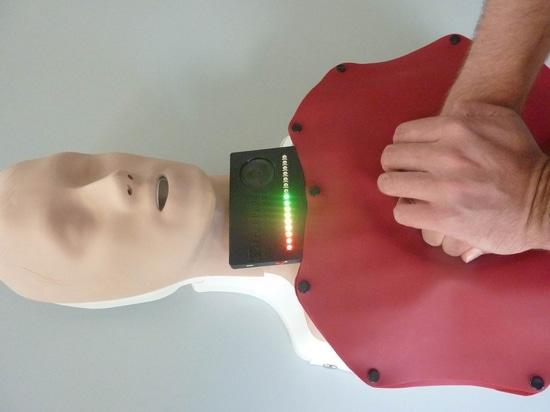 Nuevo dispositivo ayuda a proporcionar compresiones torácicas precisas