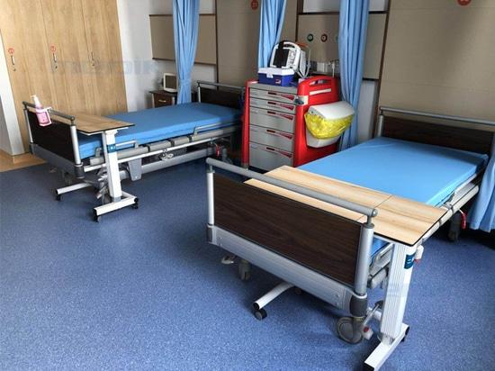 Medik suministra una cama de cuidados intensivos al hospital privado de Manila
