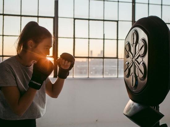 Liteboxer es un saco de boxeo inteligente que gamifica el boxeo con luz y sonido