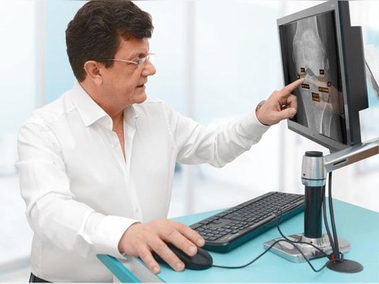 """""""IB Lab puede ahorrar hasta tres minutos de tiempo de interpretación por radiografía, lo que supone un ahorro de tiempo de 45 a 60 minutos extra al día para un radiólogo"""""""